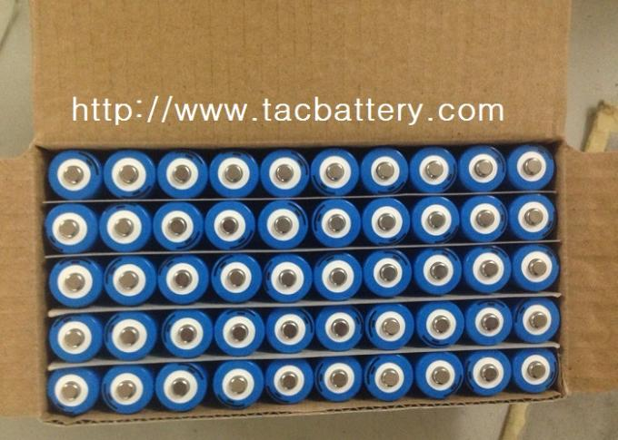 18650 Lithium Battery 3.7V  3350mAh li-iON Cell  Similar With LG